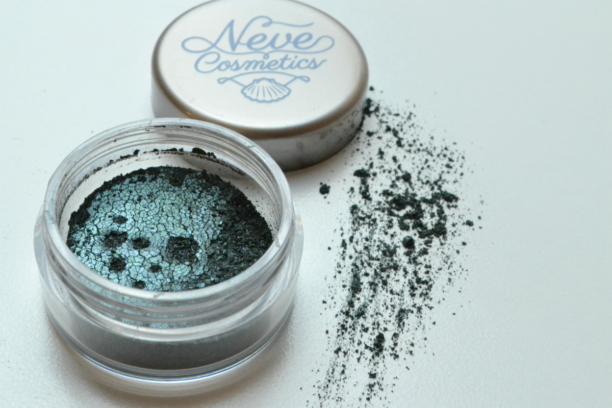 Oyster-neve-cosmetics